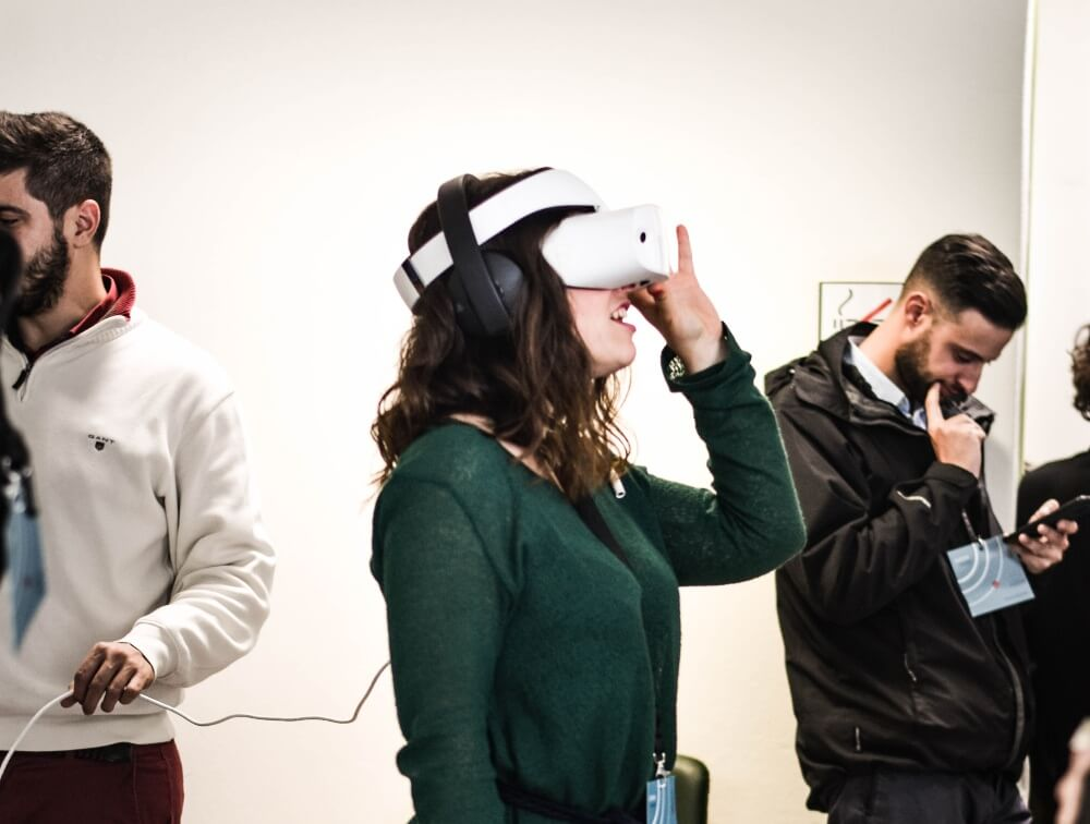 Virtual reality tools cannot solve the challenges that hybrid working presents